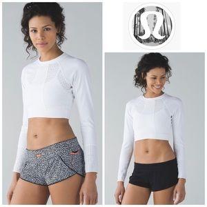 Lululemon Reversible Surf Shorts in Mosiac Black